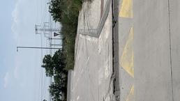 Neopravený betonový spomalovač - Studené